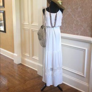Dresses & Skirts - Spring and summer break dress!  Nwot